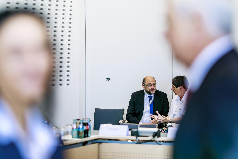 Martin Schulz trifft Betriebsraete der Automobilindustrie